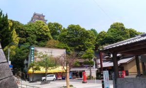 唐津城の入り口
